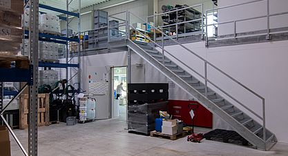 Neubau einer Lagerhalle nach Bundes-Immisionsschutzgesetz (BImSchG) - Lagerhalle mit Lagerbühne