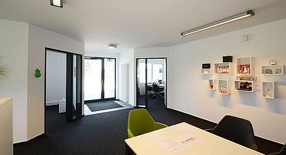 Neubau Produktions- und Lagerhalle mit Bürogebäude - Flur Industriebau