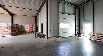 Neubau Produktions- und Lagerhalle mit Bürogebäude - Stahlhalle